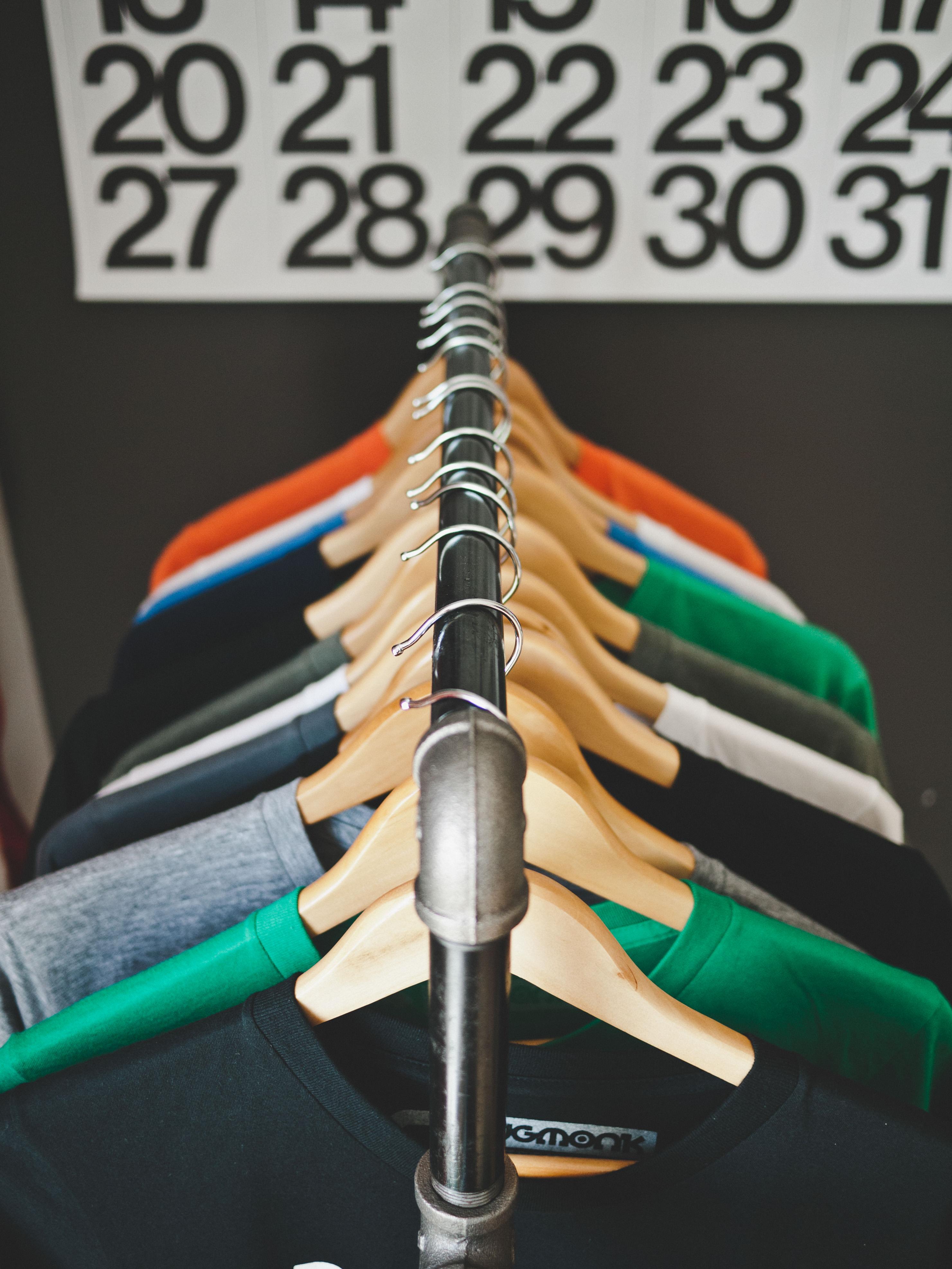洋服買取「ノンブランドの服を売るなら」